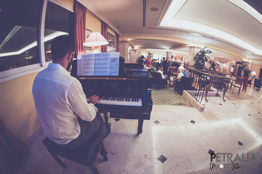 Panoramic playing the piano