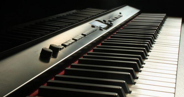 comprar piano digital